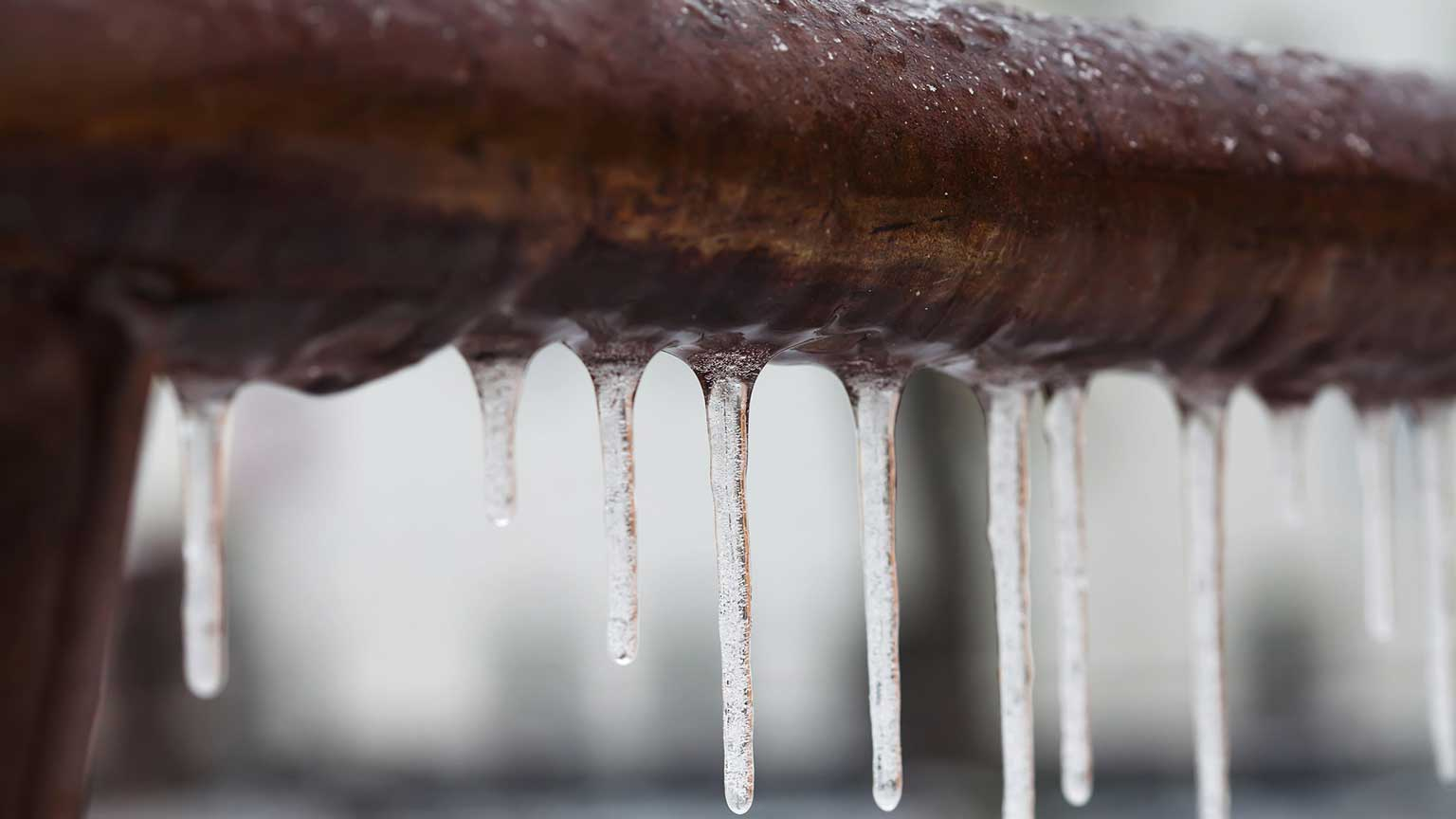 LHR plumbing and heating, new hamshire manchester plumber, hvac manchester nh, how to avoid frozen pipes this winter