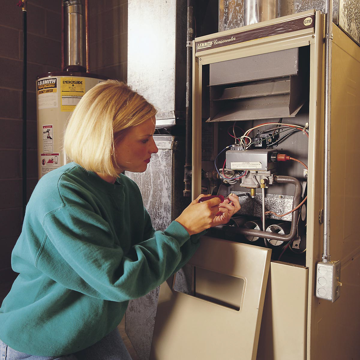 LHR plumbing and heating, new hamshire manchester plumber, hvac manchester nh, troubleshooting your furnace until a manchester hvac company can get to you